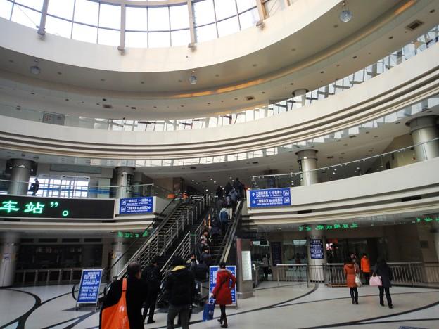 上海長途汽車站 ドームの中