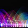写真: 虹色噴水