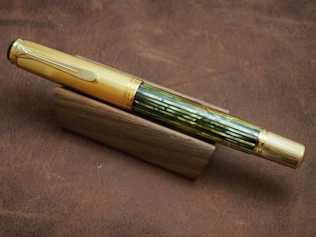 写真: Pelikan M450 全体