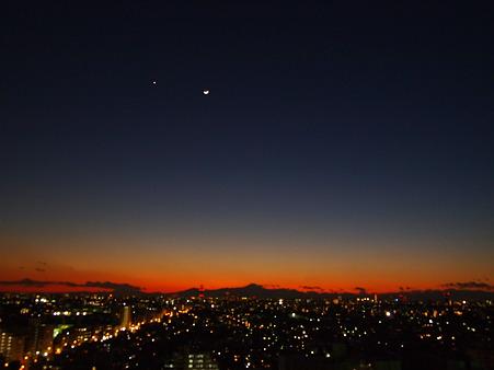 夕暮れと三日月と金星と