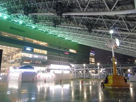 120305-大阪駅 (3)