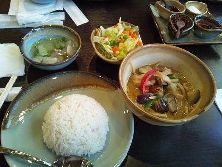美味しかったグリーンカレー♪まさか地元に美味しいタイ料理屋さんがあるとは…。