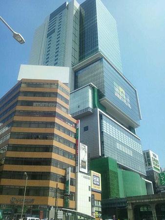 INFOBAR A01 で撮影した渋谷Hikarie