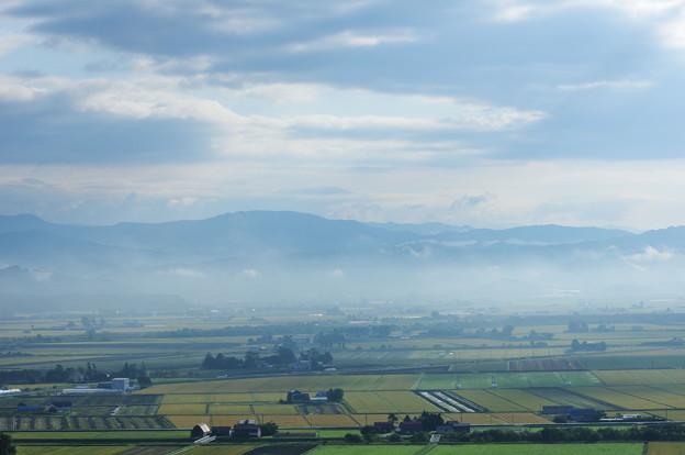 朝靄の由仁町 - 写真共有サイト「フォト蔵」