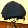 写真: 日傘にベレー