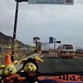 写真: いちご海岸通りは、まだまだ台風の爪痕ありますね(;_;) ヴァンくんコラ...