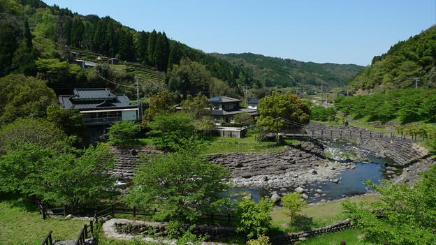 霊厳寺~近くにあるきのこ村