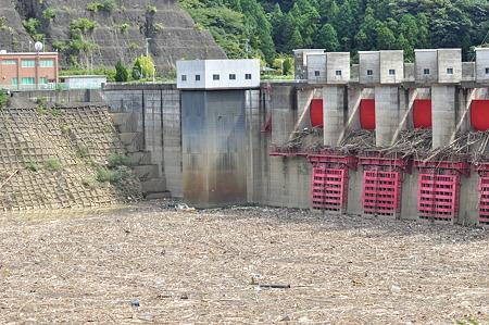 R424:椿山ダム2